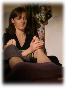 massage paris 12 douce heure des sens r flexologie plantaire stimulant r quilibrant. Black Bedroom Furniture Sets. Home Design Ideas